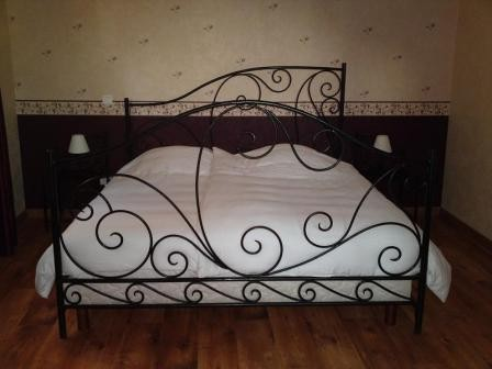lit en fer forge sur mesure lit enfer forge. Black Bedroom Furniture Sets. Home Design Ideas