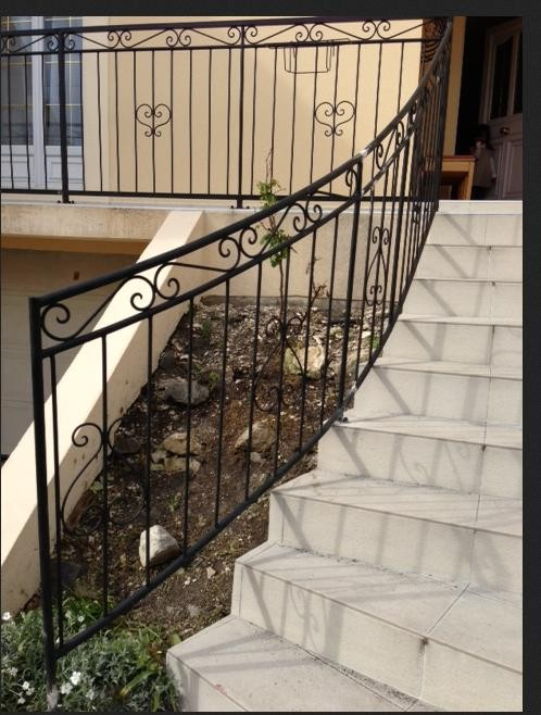 Rampe escalier en fer forge for Rampe d escalier exterieur en fer forge
